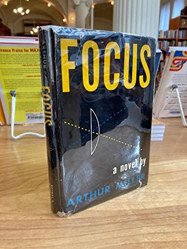 9781121558427: Focus