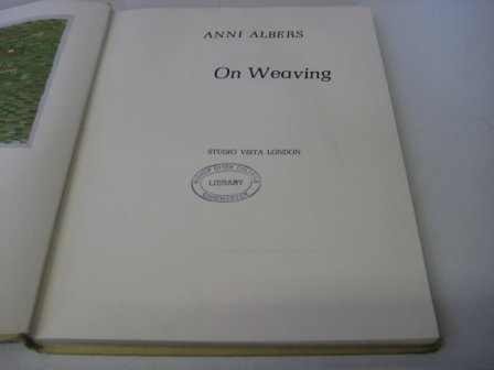 9781121721579: On Weaving