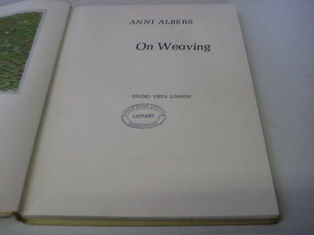 9781121721579: On Weaving