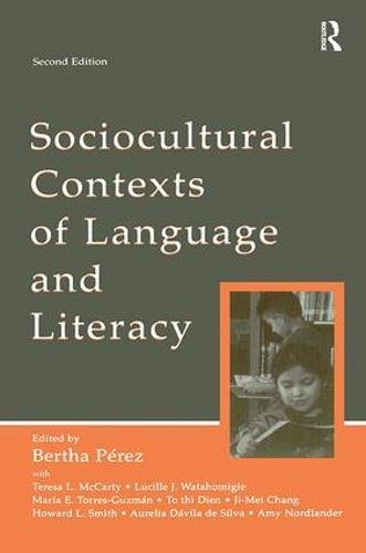 9781138406827: Sociocultural Contexts of Language and Literacy