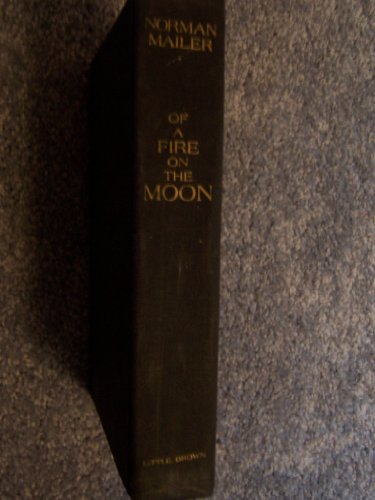 9781199793805: Of a Fire on the Moon