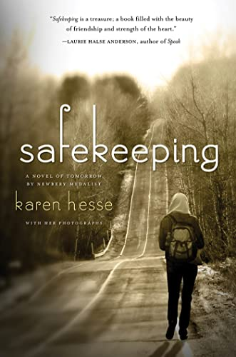 9781250011343: Safekeeping: A Novel of Tomorrow