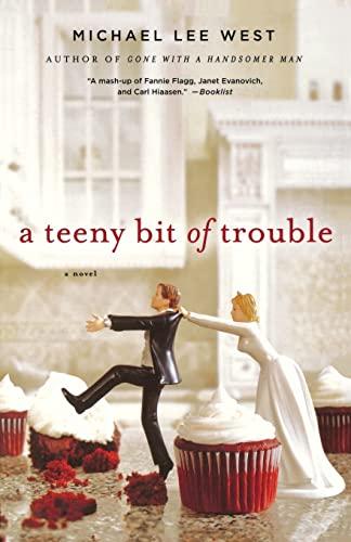 9781250023476: A Teeny Bit of Trouble: A Novel (Teeny Templeton Mysteries)
