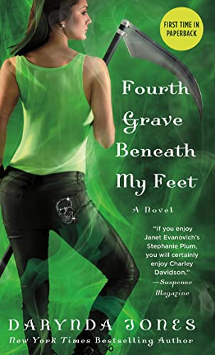 9781250025371: Fourth Grave Beneath My Feet (Charley Davidson Series)
