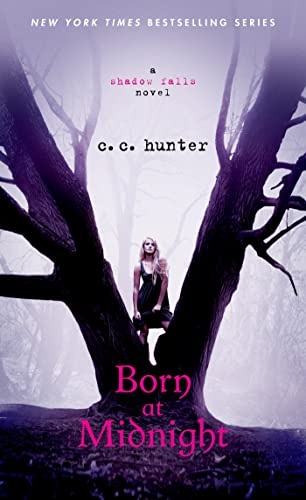 9781250046802: Born at Midnight (A Shadow Falls Novel)