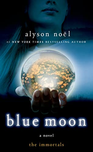 9781250046840: Blue Moon: The Immortals