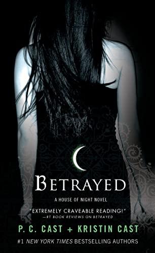 9781250046932: Betrayed