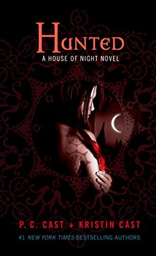 9781250046963: Hunted: A House of Night Novel (House of Night Novels)