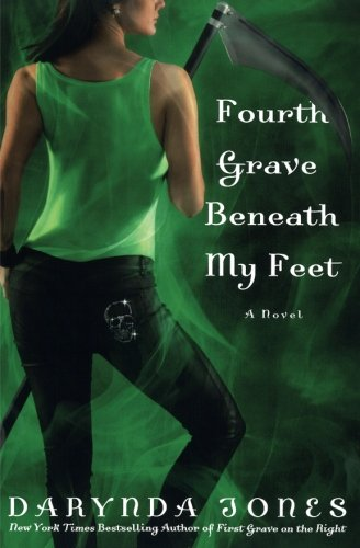 9781250047472: Fourth Grave Beneath My Feet