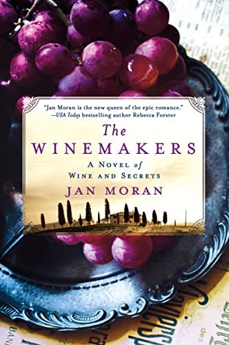 9781250048912: The Winemakers: A Novel of Wine and Secrets