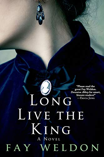 9781250049322: Long Live the King: A Novel (Habits of the House)