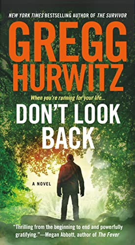 9781250068316: Don't Look Back: A Novel