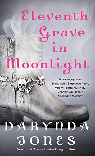 9781250078223: Eleventh Grave in Moonlight: A Novel (Charley Davidson Series, 11)