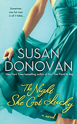 9781250082510: The Night She Got Lucky: A Novel (The Dogwalker Trilogy)