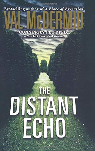 9781250093158: The Distant Echo