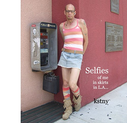 9781320097673: Selfies of me in skirts in L.A...