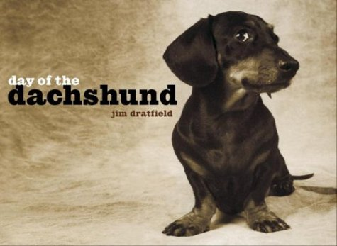 9781400048717: Day of the Dachshund