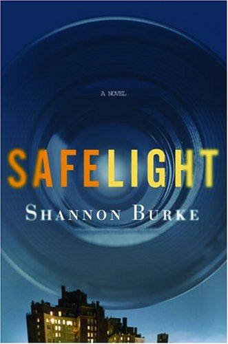 9781400062010: Safelight