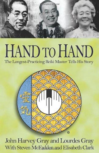 9781401049614: Hand to Hand