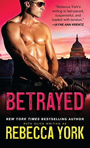 9781402297175: Betrayed (Rockfort Security)