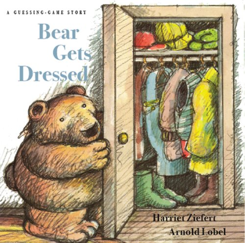 9781402717956: Bear Gets Dressed: A Guessing Game Story