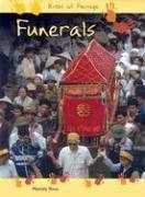 9781403439871: Funerals (Rites of Passage)