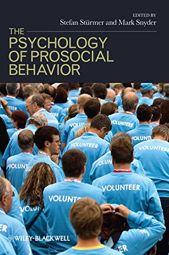 9781405178815: The Psychology of Prosocial Behavior: Group Processes, Intergroup Relations, and Helping