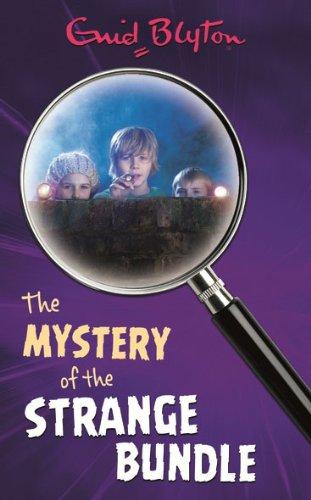 9781405204026: Mystery of the Strange Bundle