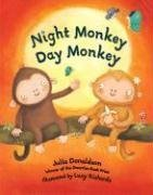 9781405224307: Night Monkey Day Monkey