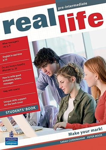 9781405897068: Real Life Global Pre-Intermediate Students Book