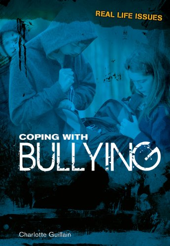 9781406219845: Coping with Bullying (Real Life Issues)