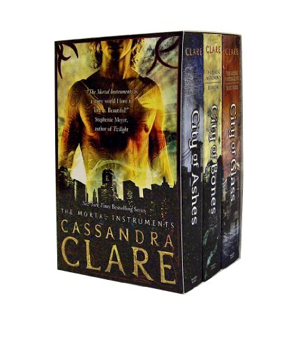 9781406336528: The Mortal Instruments Gift Set