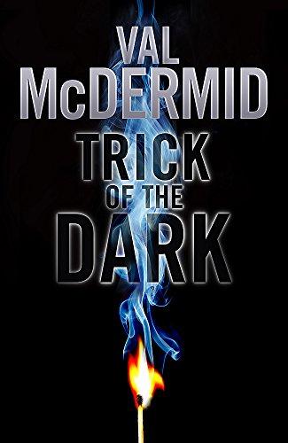 9781408702000: Trick of the Dark