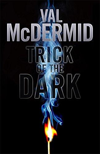 9781408702017: Trick of the Dark