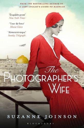 9781408840801: The Photographer's Wife