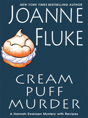 9781410413062: Cream Puff Murder (Thorndike Press Large Print Mystery)