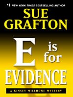 E Is for Evidence: A Kinsey Millhone Mystery (Thorndike Press Large Print Famous Authors Series): ...