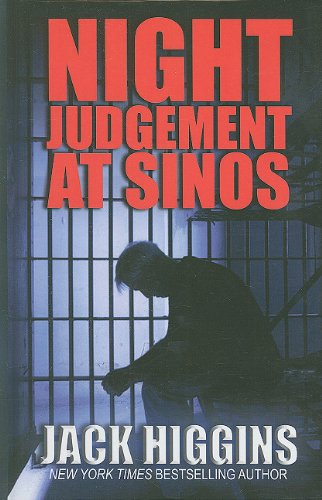 9781410427311: Night Judgement at Sinos (Thorndike Press Large Print Famous Authors)