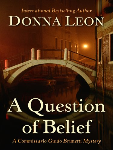 9781410428707: A Question of Belief (Thorndike Press Large Print Mystery Series)