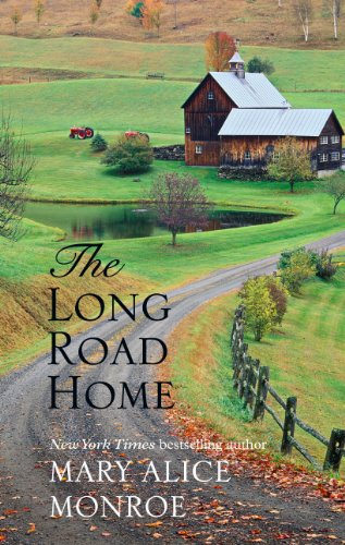 9781410432728: The Long Road Home (Thorndike Press Large Print Superior Collection)