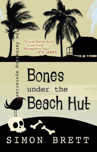 9781410436375: Bones Under the Beach Hut (Fethering Mystery: Thorndike Press Large Print Core)