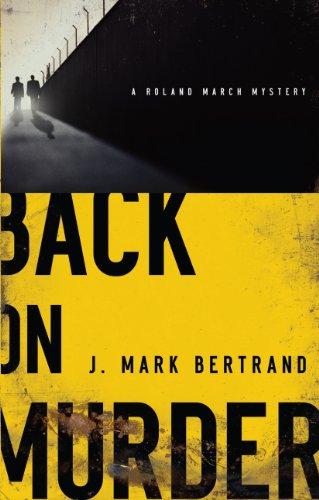 9781410436733: Back on Murder (Thorndike Press Large Print Christian Fiction)