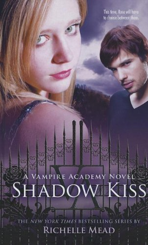 9781410447043: Shadow Kiss (Thorndike Press Large Print Literacy Bridge Series)
