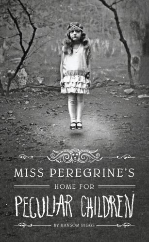 9781410450234: Miss Peregrine's Home for Peculiar Children (Thorndike Press Large Print Literacy Bridge)