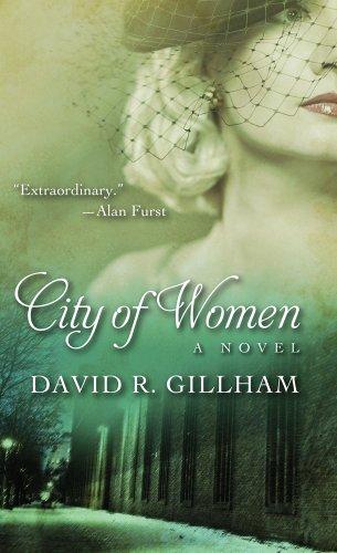 City of Women (Thorndike Press Large Print Historical Fiction): Gillham, David R.