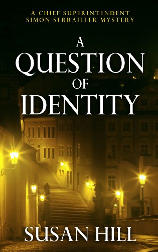 9781410455031: A Question of Identity (Thorndike Large Print Crime Scene)