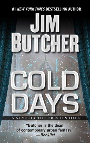 9781410457103: Cold Days (Thorndike Press Large Print Basic:)