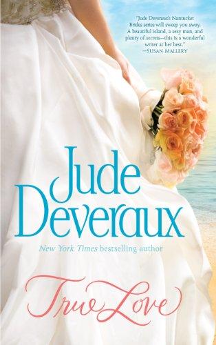 9781410458438: True Love (The Nantucket Brides)