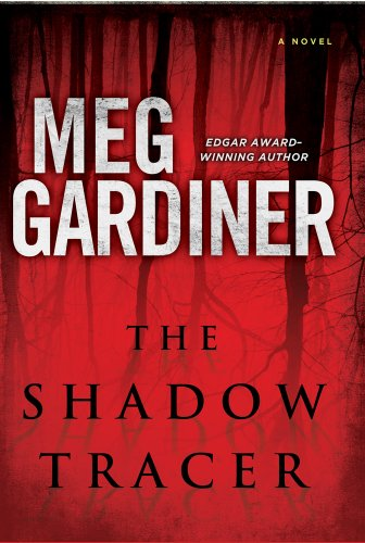 The Shadow Tracer (Thorndike Press Large Print Thriller): Meg Gardiner