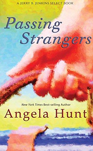 9781410473219: Passing Strangers (Thorndike Press Large Print Christian Fiction)